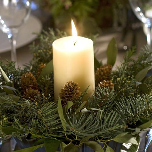 Jak wykorzystać dary lasu do dekoracji na Boże Narodzenie?