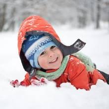 Sposób na zimową nudę – co zaproponować dziecku?