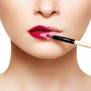 Kilka prostych sposobów na wygładzenie ust