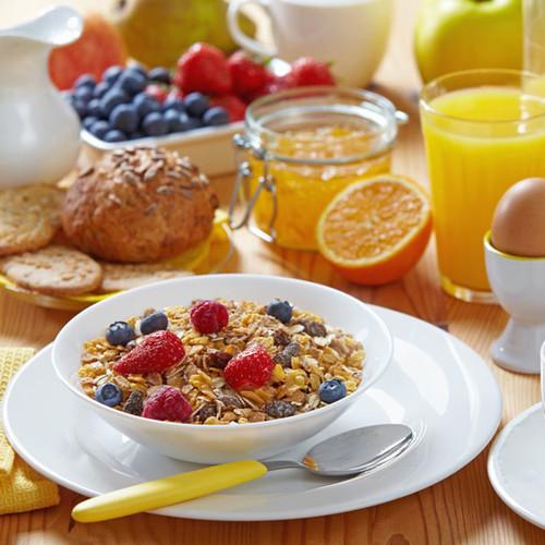 Co powinno się jeść na śniadanie?