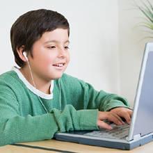 Jak sobie poradzić z uzależnieniem dziecka od Internetu?