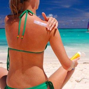 Jak sobie radzić z porażeniem słonecznym?