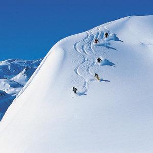 Zasady bezpieczeństwa na stoku narciarskim