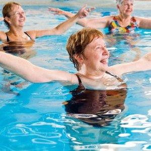 Jakie ćwiczenia są skuteczne przy otyłości brzusznej?