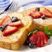 Jak przygotować walentynkowe tosty francuskie?