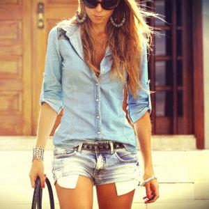 Do czego założyć dżinsową koszulę?