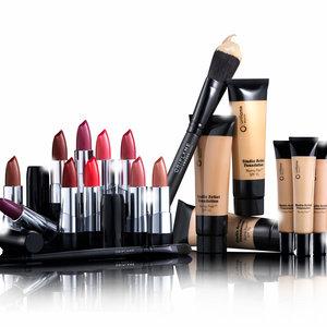 Jakich hormonów zawartych w kosmetykach należy unikać?