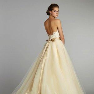 Suknia z wyprzedaży