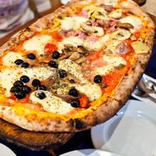 Jak przygotować dobre ciasto na pizzę?