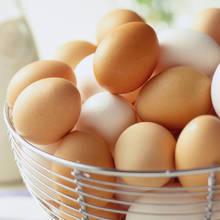 Skuteczne sposoby na łatwe obieranie jajek