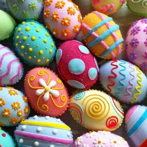 Oklejanie jajek