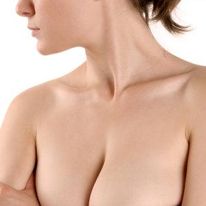 Skuteczna pielęgnacja skóry na dekolcie