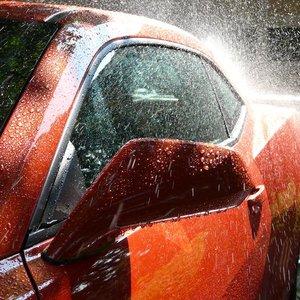 Sprzątanie samochodu domowymi sposobami