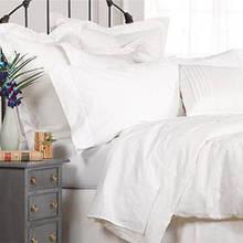 Jak pozbyć się alergenów z sypialni?