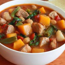 Przepis na oryginalną zupę hiszpańską z czosnkiem