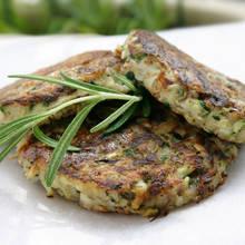 Smaczny obiad – placki z ziemniaków i cukinii