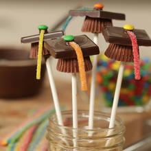 Jak przygotować deser na uczczenie obrony pracy dyplomowej?