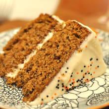 Jak przygotować pyszny tort orzechowy?