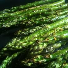 Jak przygotować szparagi z grilla?