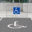 Jakie uprawnienia daje karta parkingowa dla niepełnosprawnych?