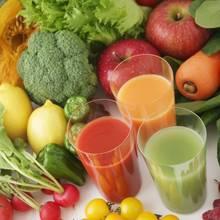 Przepisy na zdrowe soki warzywne i owocowe