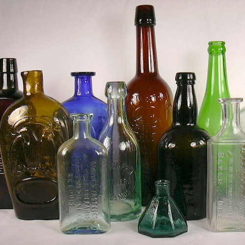 Jak skutecznie umyć szklane butelki?