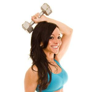 Proste ćwiczenia na wzmocnienie ramion