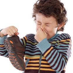 Jak utrzymać wnętrze butów w czystości?