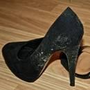 Jak oczyścić zapleśniałe buty?