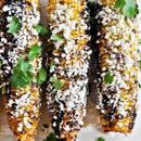 Aromatyczna grillowana kukurydza z serem