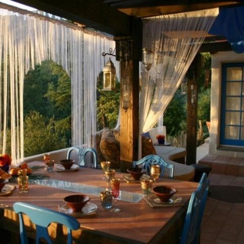 Jak odnowić taras w stylu marokańskim?