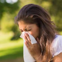 Co sadzić w ogrodzie dla alergika?