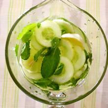 Jak przyrządzić lemoniadę ogórkową?