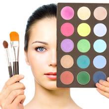 Jakich błędów unikać podczas nakładania makijażu?
