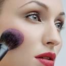 Proste sposoby na utrwalenie makijażu