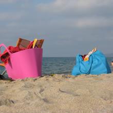 Co jest niezbędne w torbie plażowej?