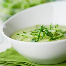 Orzeźwiająca zupa z awokado na lato