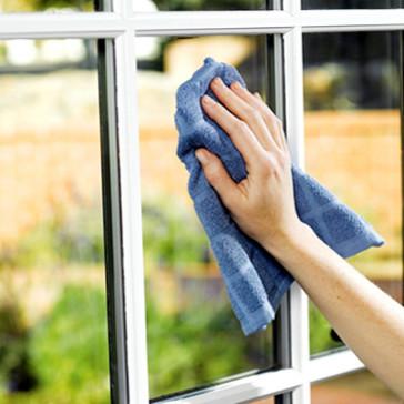 Prosty i tani sposób na mycie okien