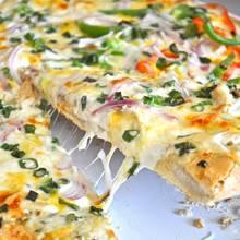 Doskonała pizza z sosem czosnkowym