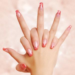 Sprawdzone domowe sposoby na wybielenie paznokci