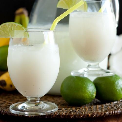 Jak przyrządzić lemoniadę brazylijską?