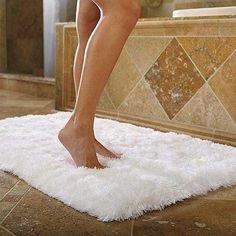 Jak wykonać dywanik ze szmatek?