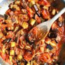 Bakłażan w sosie pomidorowym – oryginalne danie