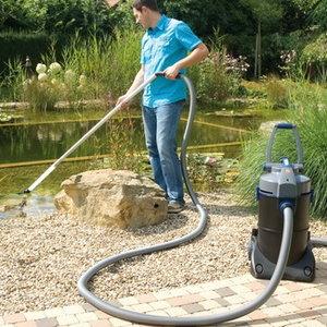 Oczko wodne trzeba sprzątać