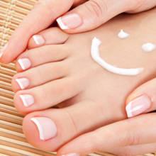Prosty domowy sposób na pielęgnację stóp