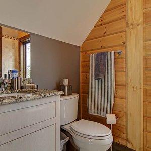 Urządzamy łazienkę – ściany i podłoga