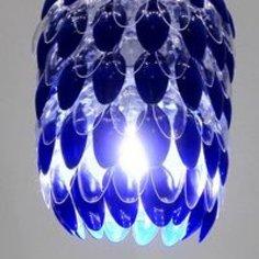Jak wykonać klosz do lampy z plastikowych łyżeczek?