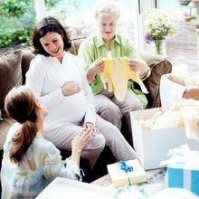 Jak przygotować zaproszenie na baby shower?