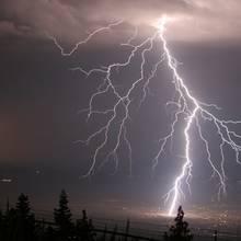 Jak w prosty sposób ustalić odległość burzy od nas?