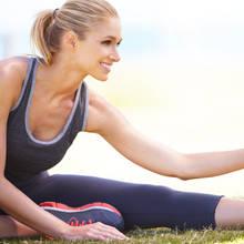 Jak zrobić rozgrzewkę przed ćwiczeniami na siłowni?
